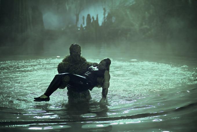 Mai farsi una passeggiata notturna nelle paludi.