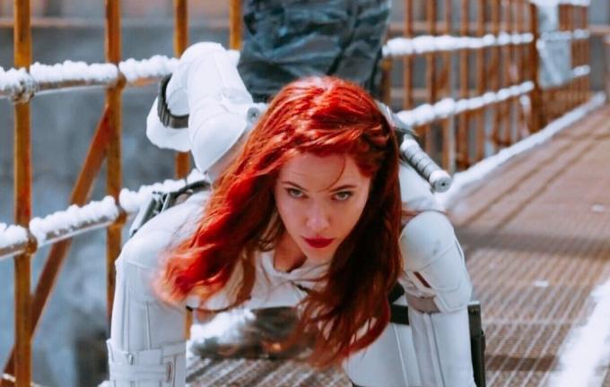 Ci mancherà la Black Widow pose.
