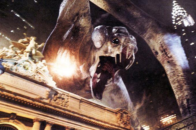 Godzilla e King Kong sono dei dilettanti.
