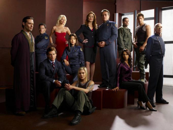 Un'altra foto di gruppo del cast