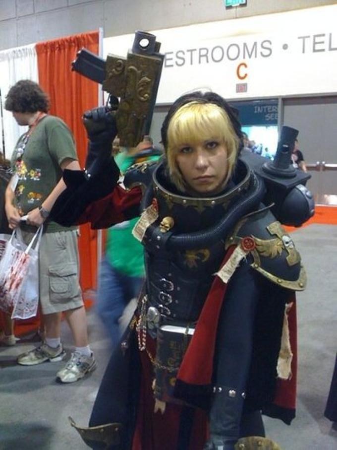 Sister of Battle di Warhammer 40k