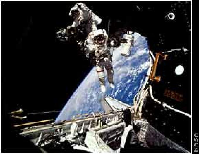 Passeggiata nello spazio