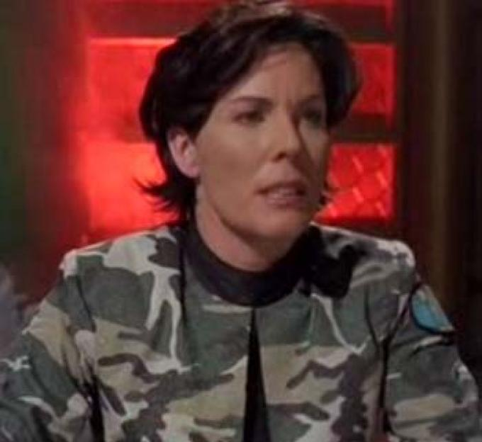 Jill Teed interpreta Yolanda Reese che interpreta Stacy Monroe che imita Samantha Carter