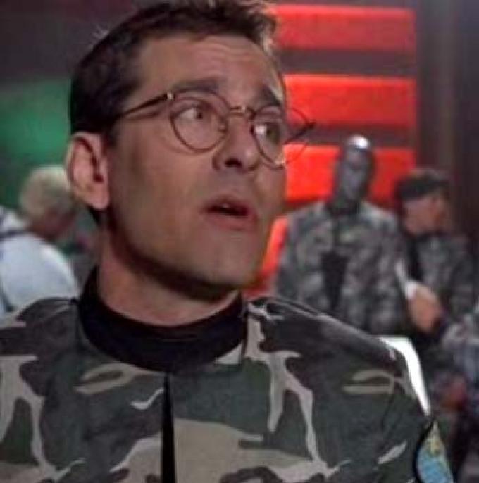 Christian Bocher interpreta Raymond Gunne che interpreta il Dr. Levant basato sul personaggio di Daniel Jackson interpretato da Michael Shanks e in origine interpretato da James Spader nel film.