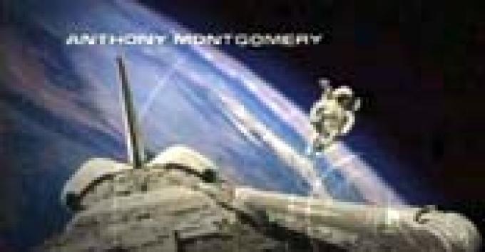 Passeggiata nello spazio, vista dallo space shuttle, senza cavo di sicurezza, con un modulo a propulsione indipendente.