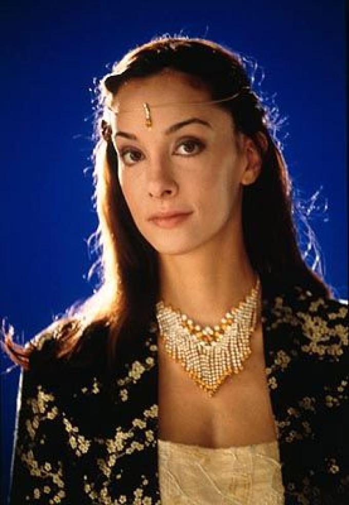Daniela Amavia (Lady Alia)