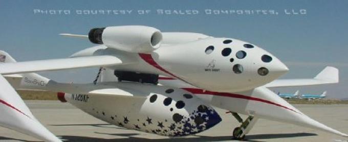 La SS1 assicurata al White Knight, l'aereo che deve accompagnarla a quota 15.000 metri