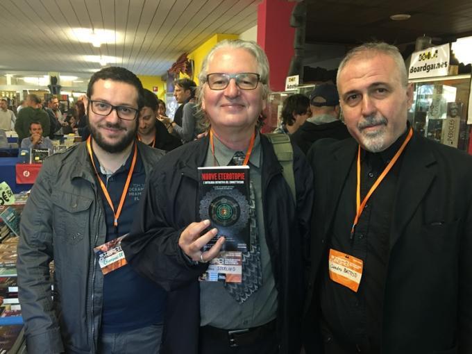 """I connettivisti Giovanni De Matteo e Sandro Battisti col loro """"padrino"""" Bruce Sterling"""