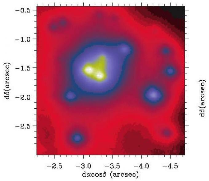 L'immagine all'infrarosso presa dal Gemini Nord Observatory (Mauna Kea, Hawaii) dove si vedono nettamente le sette stelle con formano una configurazione a spirale intorno a un invisibile compagno, il buco nero GCIRS 13E
