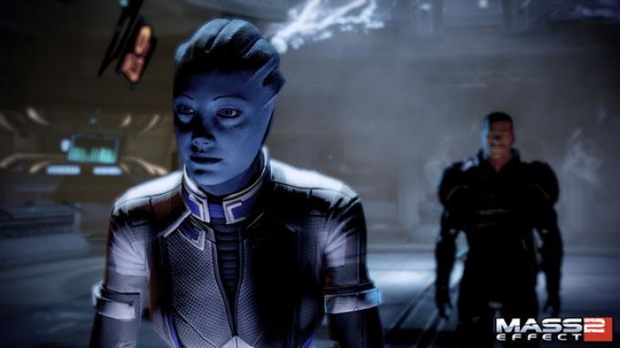 La bella aliena Liara T'Soni, a seconda di come si sono giocate le avveture, può avere o no legami sentimentali col protagonista