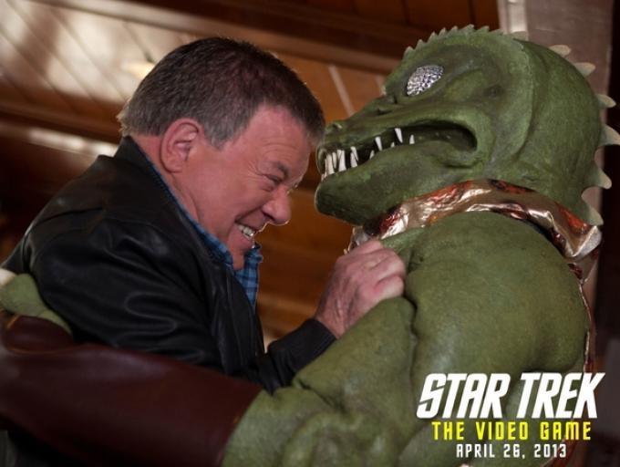Il capitano Kirk, William Shatner, sfida i Gorn quarant'anni dopo.