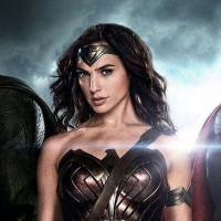 Batman v Superman, Justice League e tutti gli altri, parla il produttore Charles Roven