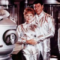 Netflix si aggiudica i diritti per il remake di Lost In Space