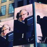 Il messaggio misterioso di Stephen Hawking