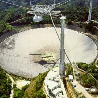 Strani segnali radio dal sistema di Ross 128