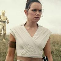 Cosa dice J.J. Abrams sui genitori di Rey in Star Wars: The Rise of Skywalker