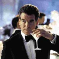 Agente 007, licenza revocata