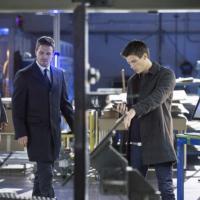Arrow: nuovi pericoli fanno la loro comparsa a Starling city