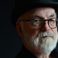 Se ne va Terry Pratchett, maestro del fantasy umoristico